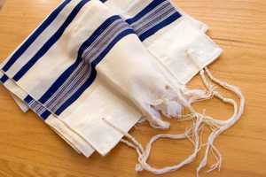 TALLIT ON TABLE © Eric Hegwer | iStockphoto