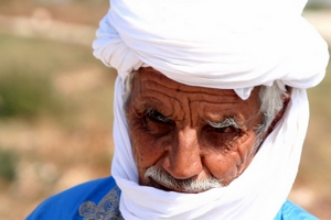 BEDOUIN IN BLUE AND WHITE - © Styve | Dreamstime.com